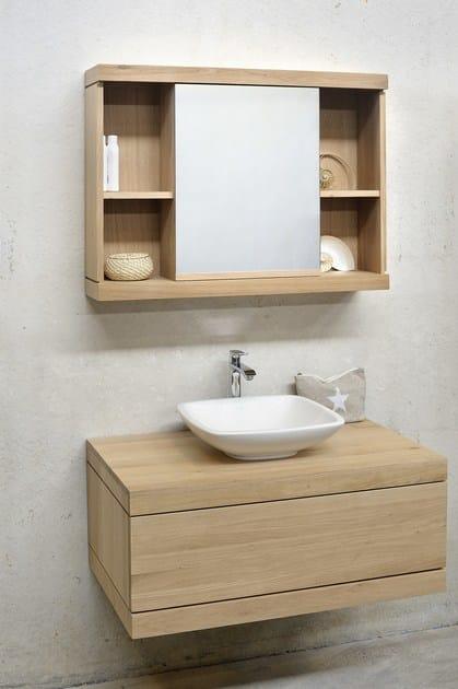 Specchio in legno massello a parete con contenitore per bagno oak cadence specchio con - Specchio bagno legno ...