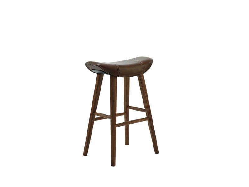 Upholstered leather stool KYA KÜCHENHOCKER - FREIFRAU