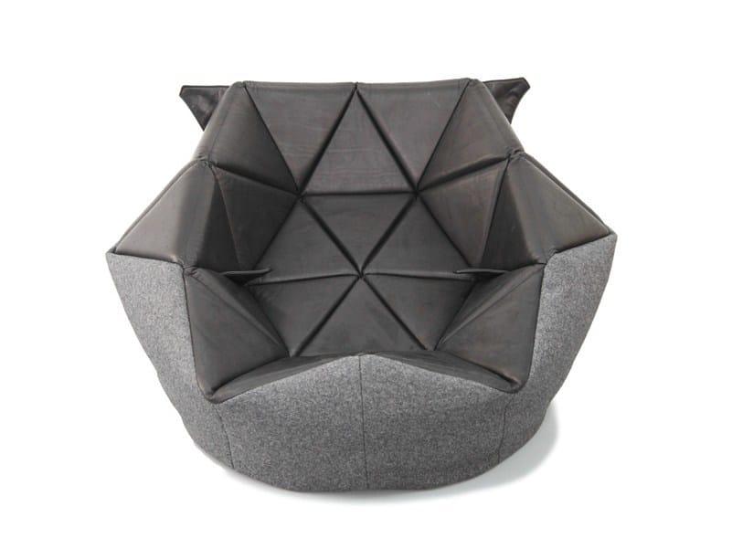 pouf poire rembourr en cuir marie by freifrau design. Black Bedroom Furniture Sets. Home Design Ideas