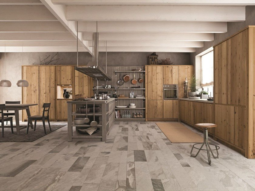 Spruce kitchen with peninsula MAESTRALE 03 by Scandola Mobili