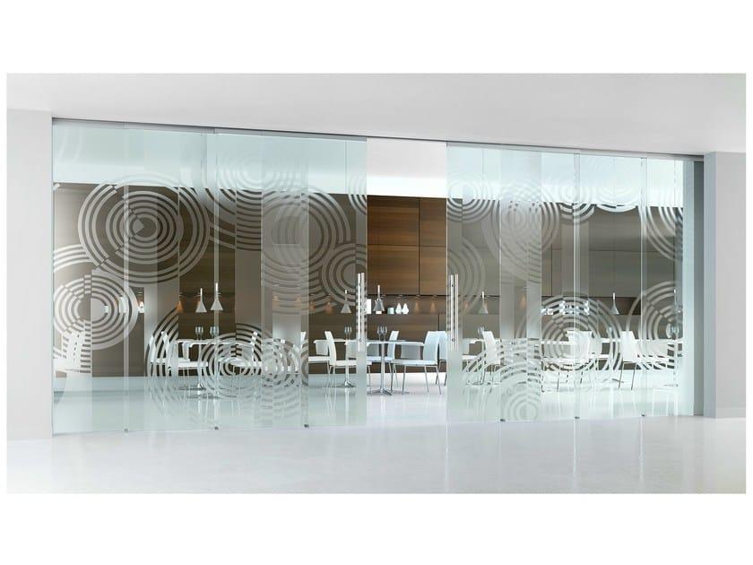 Decorated glass movable wall / Sliding door ALPHA OPTIKA - Casali