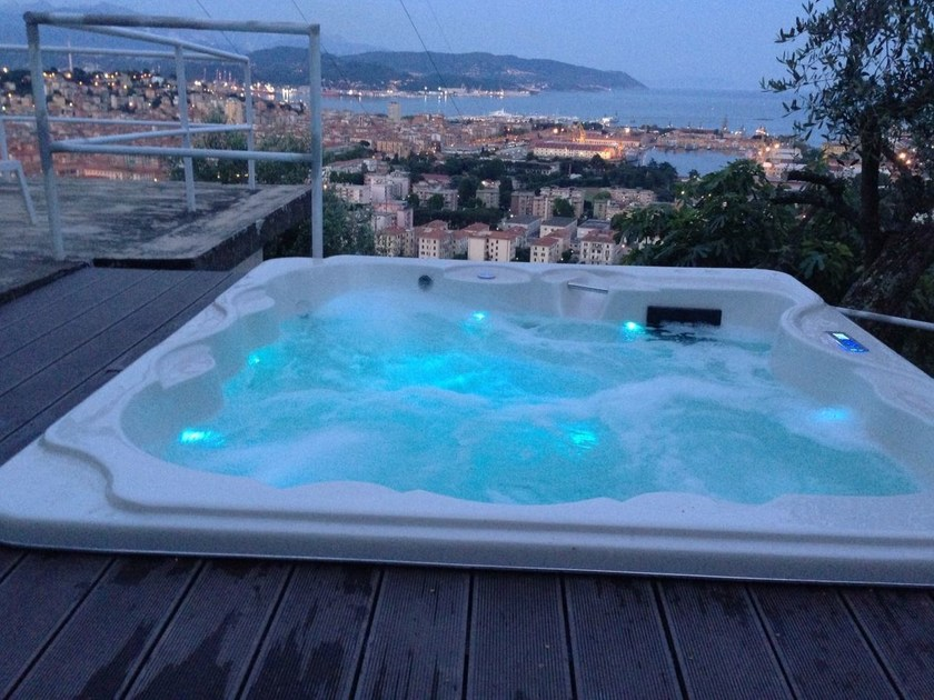 Outdoor hydromassage hot tub 6-seats BL-801 VIP PACK - Beauty Luxury