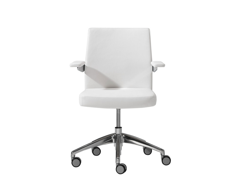 Low back executive chair ICON | Low back executive chair by Inclass Mobles