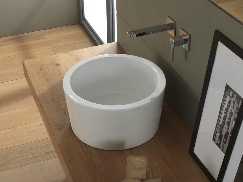 Countertop round ceramic washbasin BUCKET | Washbasin by Scarabeo Ceramiche