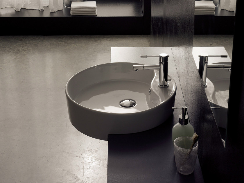 Semi-inset round ceramic washbasin GEO D - Scarabeo Ceramiche