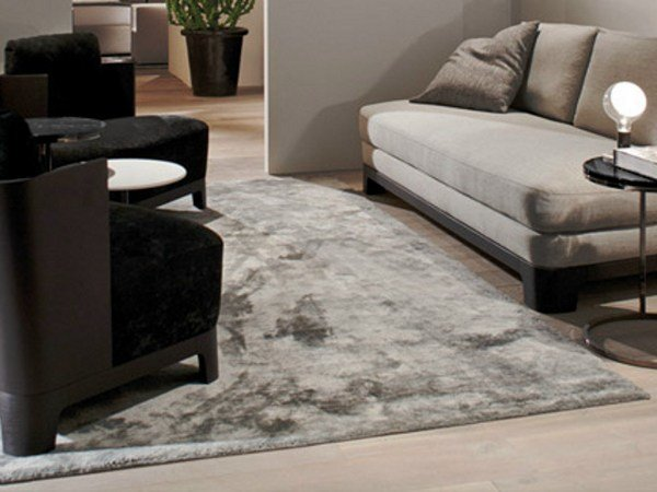 Solid-color viscose rug LALIT by Meridiani