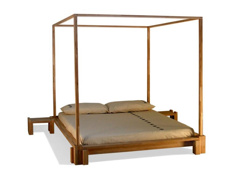 Wooden double bed KYOTO | Canopy bed - Cinius