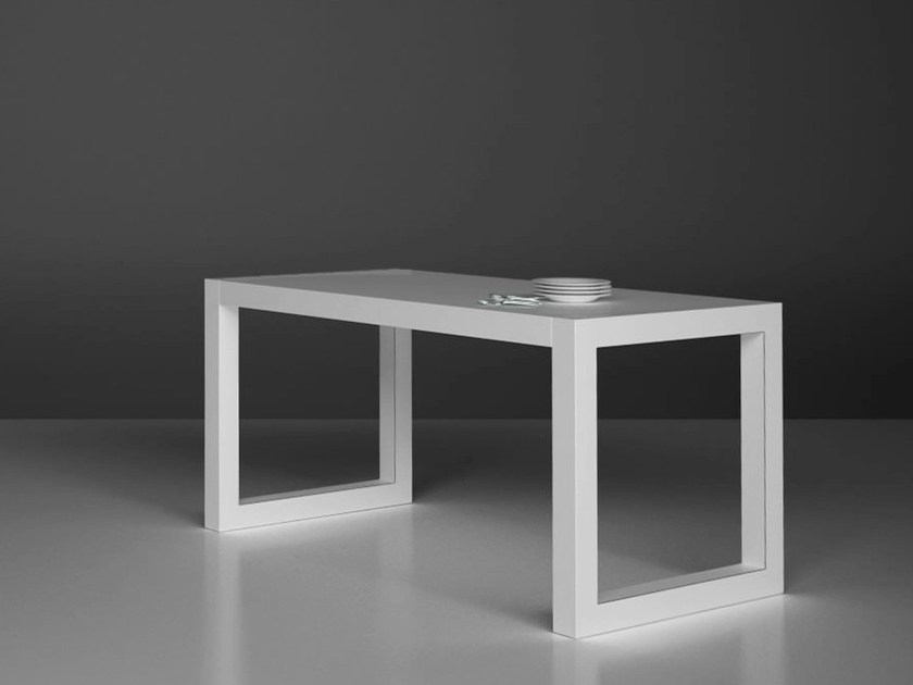 Laminate dining table CIBARIU - RECHTECK Felix Schwake