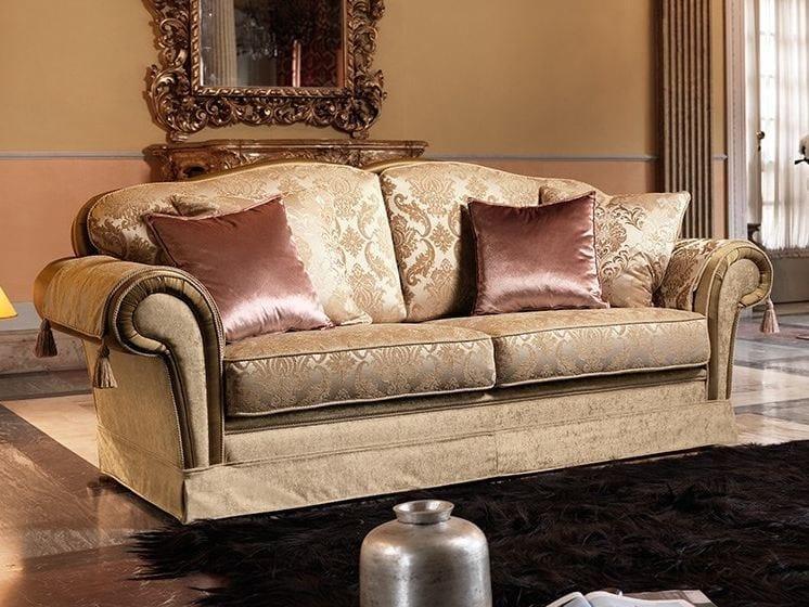 Divano in tessuto a 3 posti arthur divano in stile - Divano classico tessuto ...
