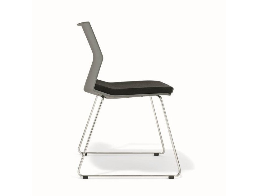 Sled base upholstered chair with linking device B_SIDE | Chair - BENE