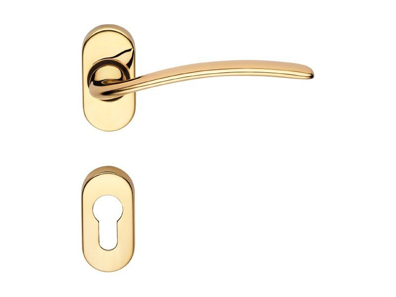 Classic style metal door handle on rose with lock PIUMA | Door handle with lock - LINEA CALI'