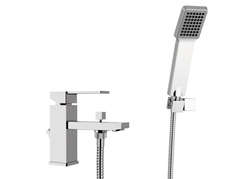 Single handle bathtub mixer with diverter QUBIKA | Bathtub mixer with diverter - Remer Rubinetterie