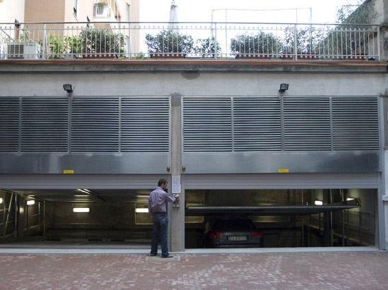 Car hoist and lift SERIES I by IDEALPARK