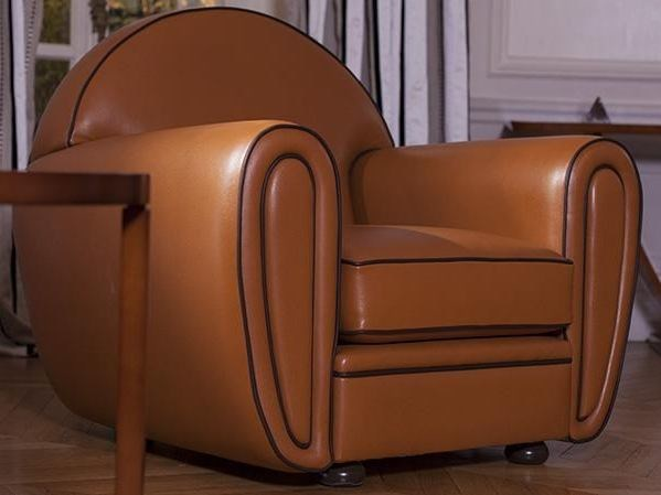 Classic style club upholstered tanned leather armchair with armrests CLUB | Armchair - HUGUES CHEVALIER