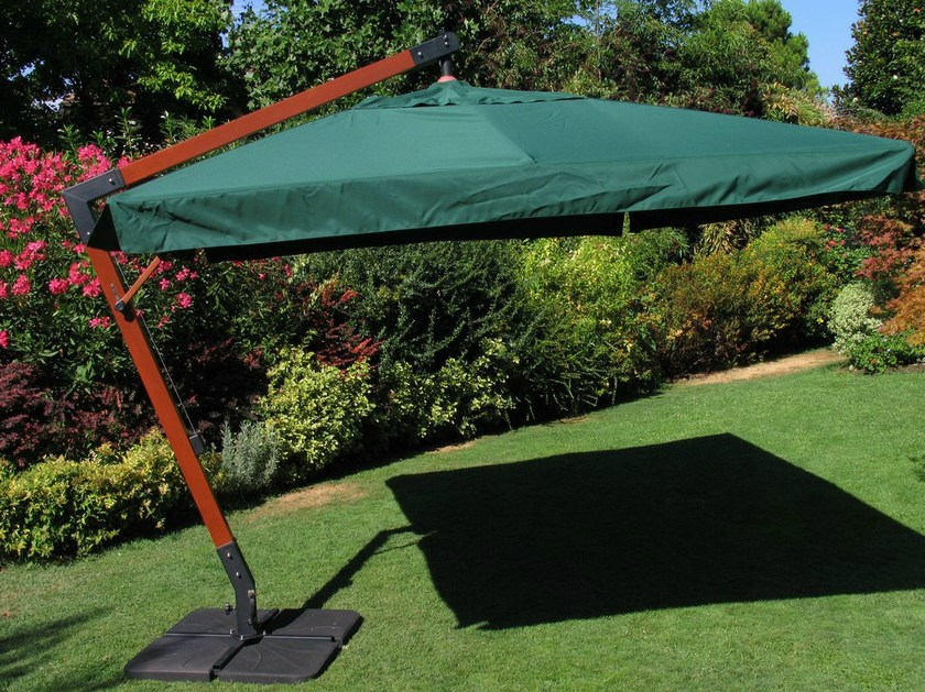 Offset Garden umbrella AVERNO by Mediterraneo by GPB