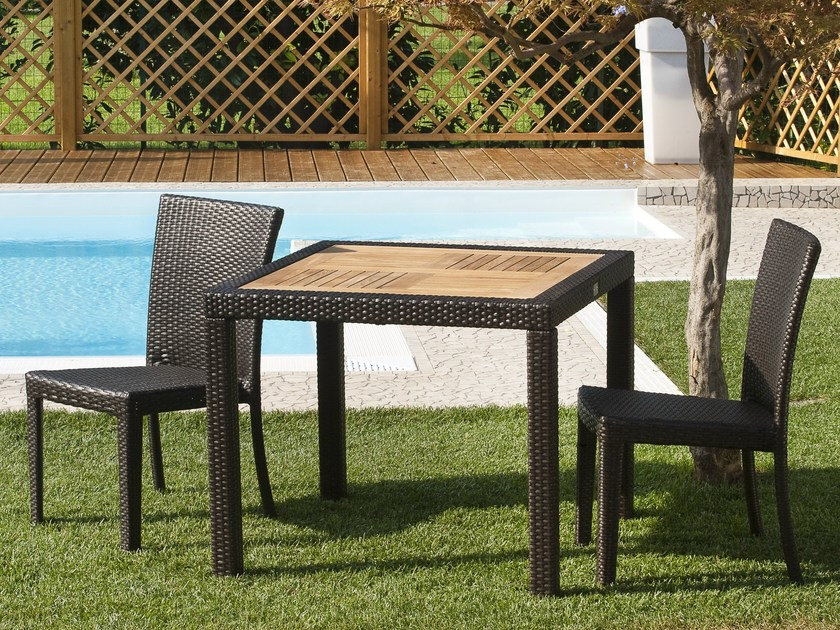 Square garden table ALASSIO | Garden table by Mediterraneo by GPB