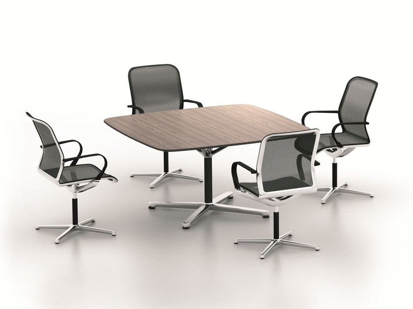 Square meeting table FILO 4-STAR TABLE | Square meeting table - BENE
