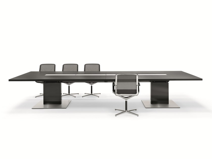 Rectangular meeting table P2_Group Conference - BENE