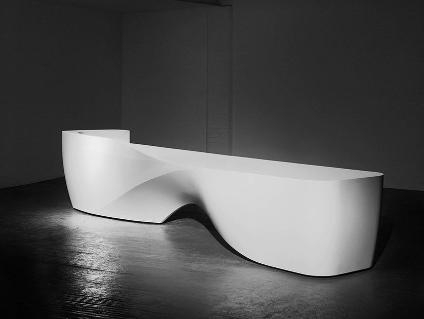 Solid Surface® Reception desk KIN I - Isomi