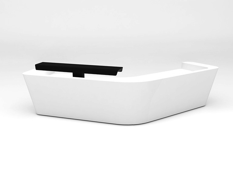 Modular Solid Surface® Office reception desk MONO | Configuration 7 by Isomi