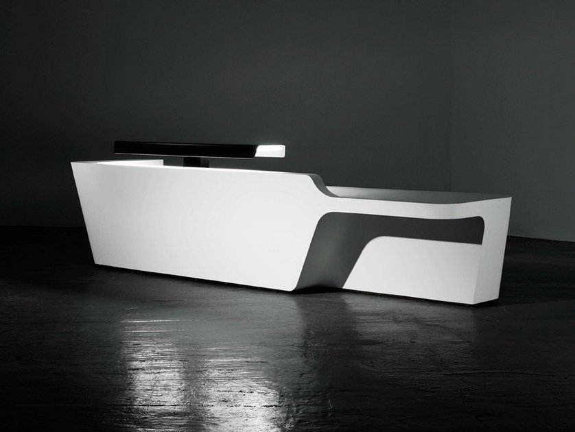 Modular Solid Surface® reception desk MONO | Configuration 3 - Isomi