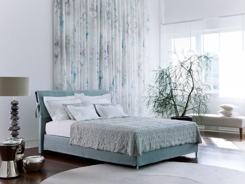 letto imbottito matrimoniale in tessuto basis 18 due by schramm werkst tten. Black Bedroom Furniture Sets. Home Design Ideas