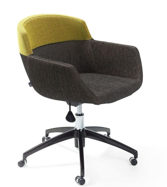 Fabric easy chair with 5-spoke base with casters MOOD OFFICE - Artifort