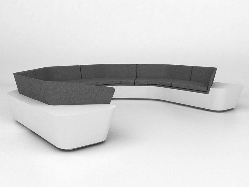 6 seater modular Solid Surface® sofa MONO SEAT | Configuration 7 by Isomi