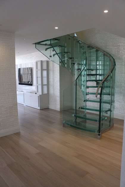 Helical glass Spiral staircase FLY | Helical Spiral staircase - Siller Treppen
