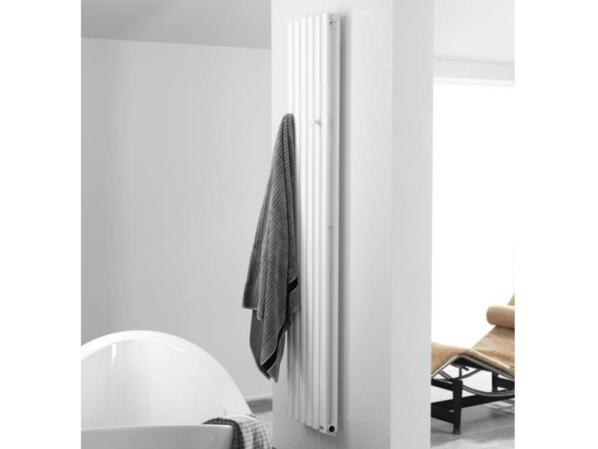 Scaldasalviette a parete ad acqua calda essence c - Scaldasalviette ad acqua ...