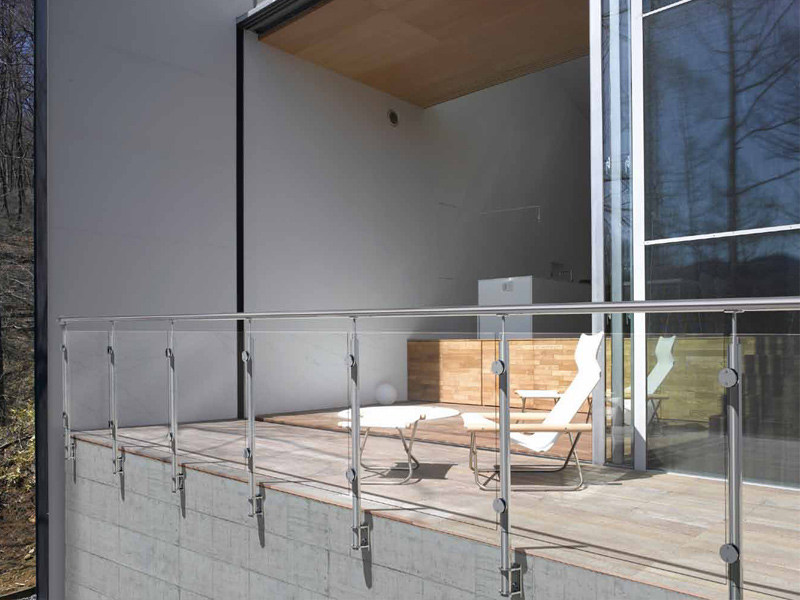 Glass and steel balustrade INOX20 SCREEN - Fontanot Spa