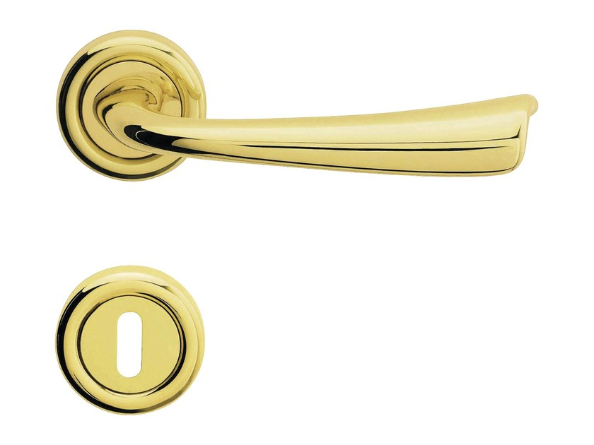 Classic style brass door handle on rose with lock VOLA | Door handle with lock - LINEA CALI'