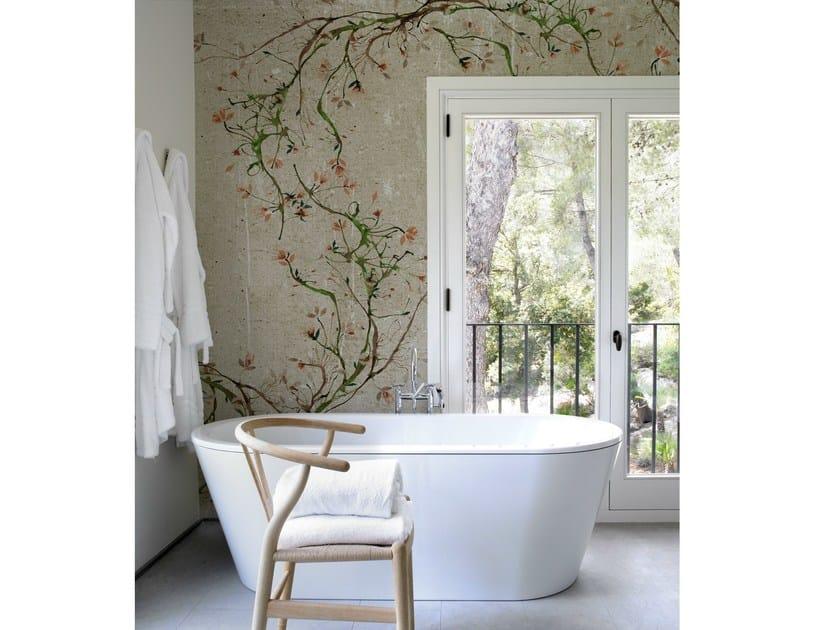 carta da parati effetto muro con motivi floreali per bagno