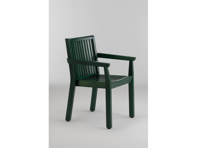 Wooden garden chair with armrests SERIE AIRONE | Chair with armrests by Legnolandia