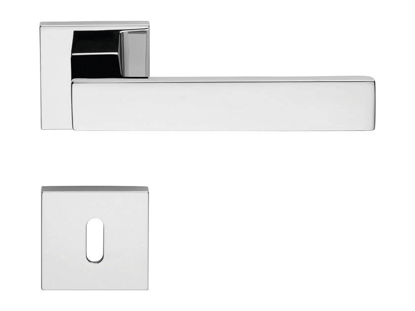 Contemporary style metal door handle on rose with lock CORNER ZINCRAL | Door handle with lock by LINEA CALI'
