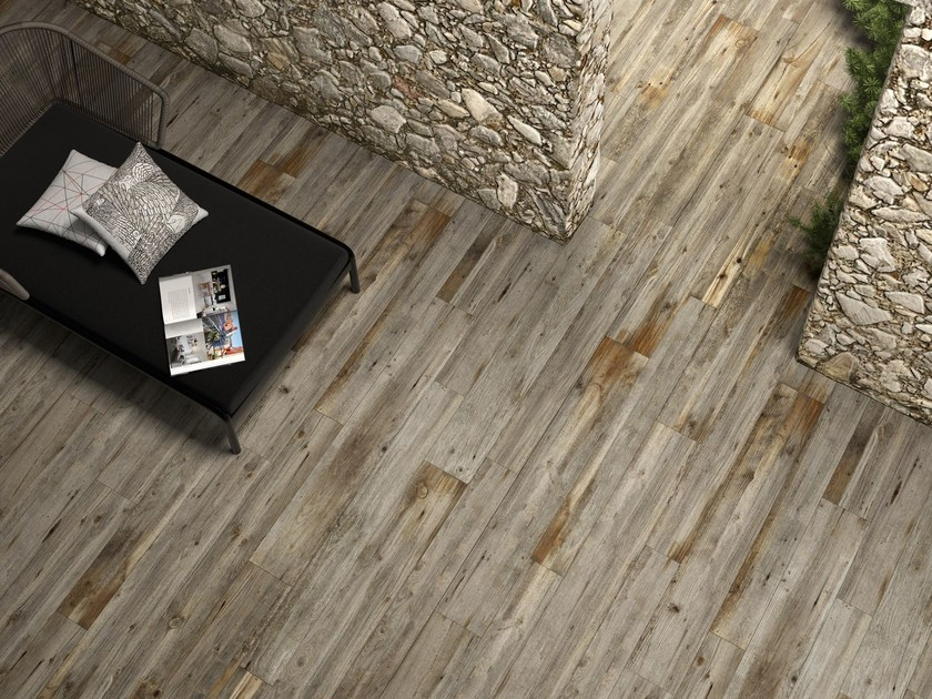 Porcelain stoneware flooring with wood effect LEGNI HIGH TECH | Quercia tropicale - ARIOSTEA