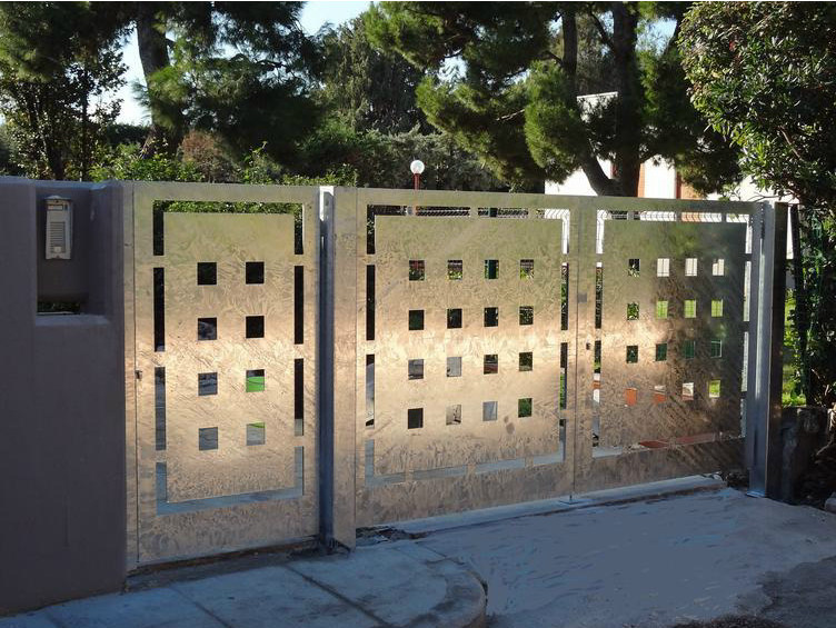 Swing galvanized steel gate Galvanized steel gate - CITYSì recinzioni e cancelli taglio laser