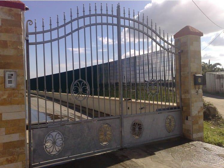 Swing iron gate E1 | Iron gate - CITYSì recinzioni e cancelli taglio laser