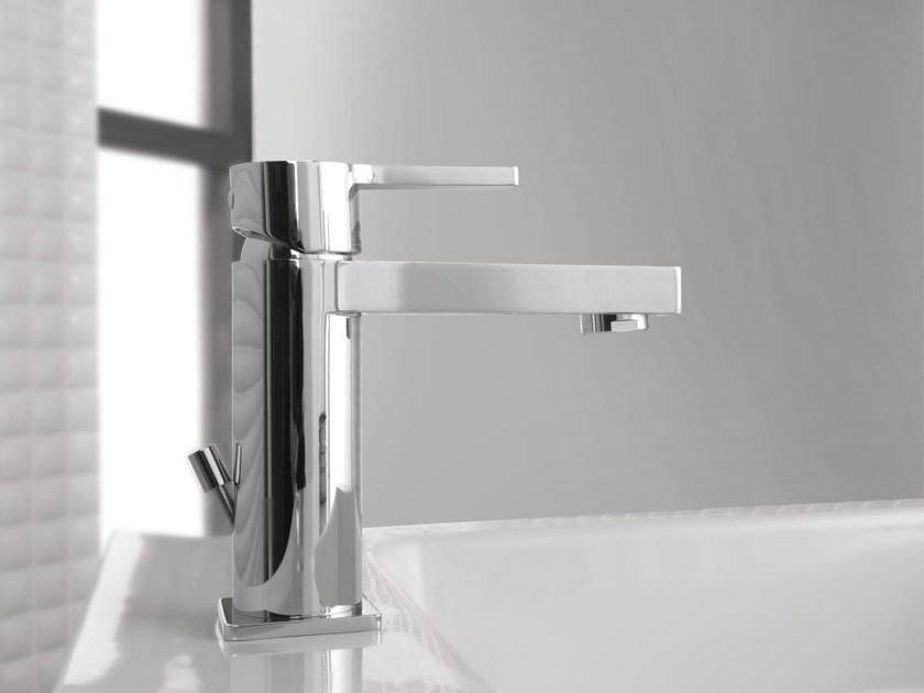 Chrome-plated washbasin mixer with flow limiter URBAN | Countertop washbasin mixer by Noken