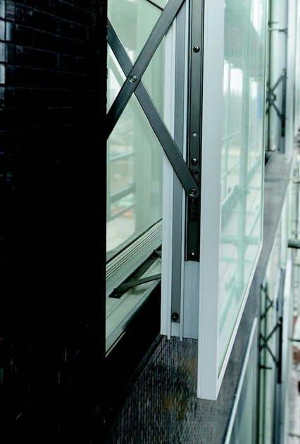 Finestra ibrida con tecnologia a doppia pelle wicline 215 wicona - Aprire una nuova finestra ...