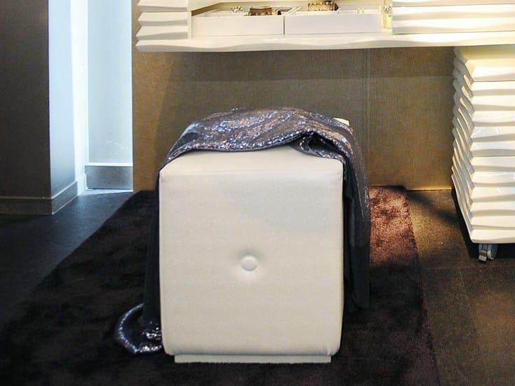 Imitation leather pouf EBON | Pouf - CorteZari
