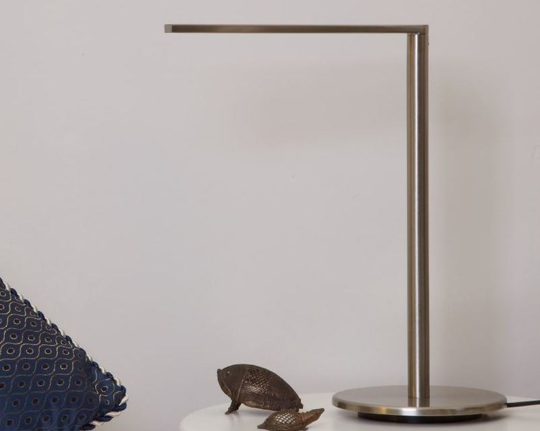 LED nickel desk lamp MATRIX LED S by luxcambra