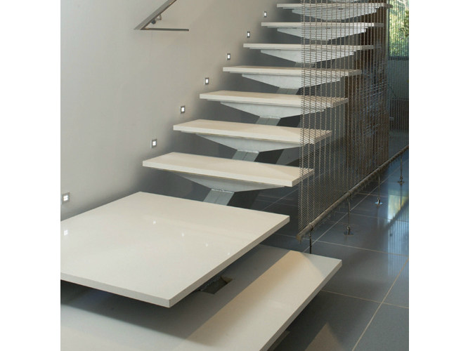 Silestone treppenverkleidung by cosentino group for Fargione scale