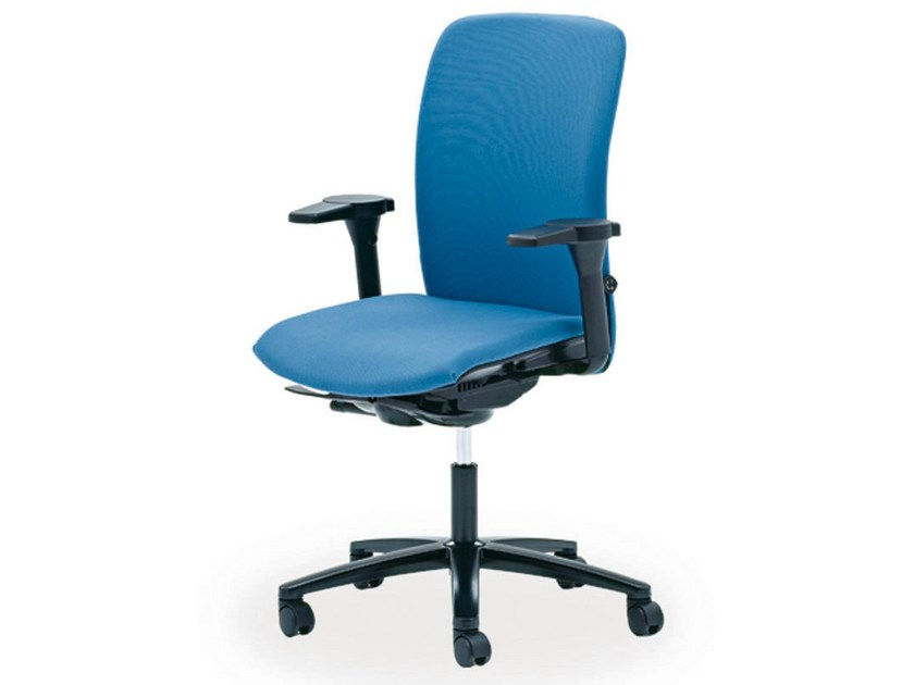 Task chair with 5-Spoke base with armrests OKAY | Task chair - König + Neurath