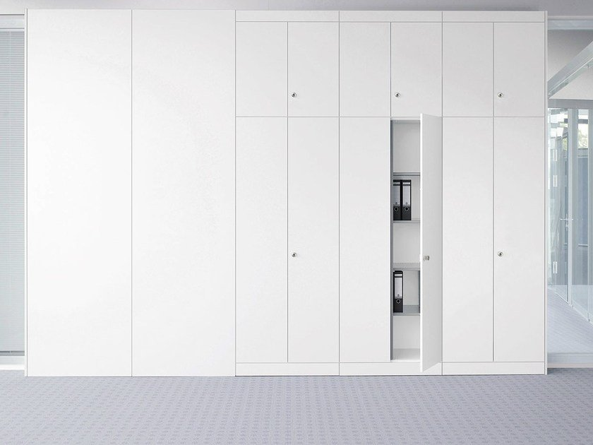 Office storage unit with hinged doors with lock UNIVERSAL PLUS by König +  Neurath