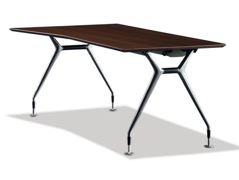 Lacquered rectangular wooden office desk SUMMA | Office desk - König + Neurath