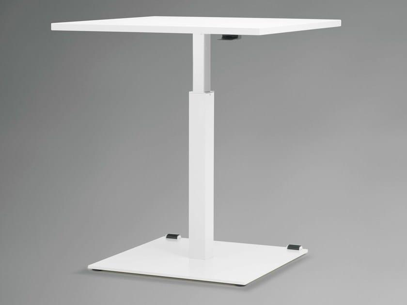 Height-adjustable square table TALO.S | Height-adjustable table by König +  Neurath