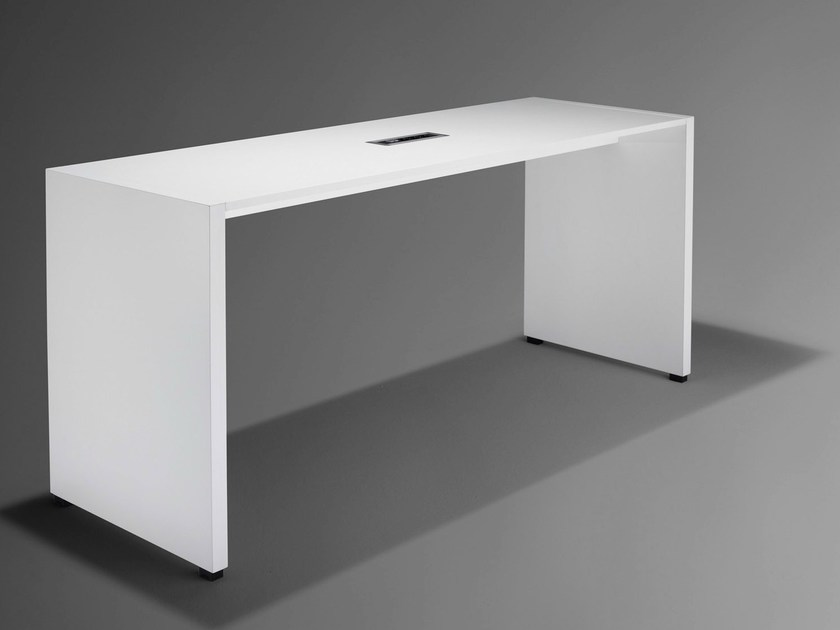 Rectangular workstation desk NET.WORK.PLACE - König + Neurath