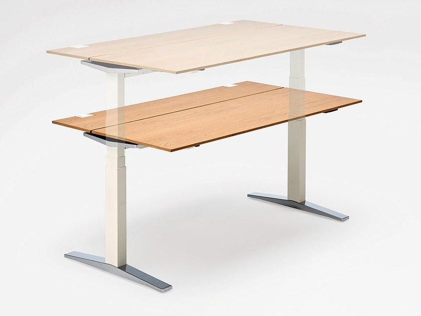 Height-adjustable wooden office desk TABLE.T by König +  Neurath