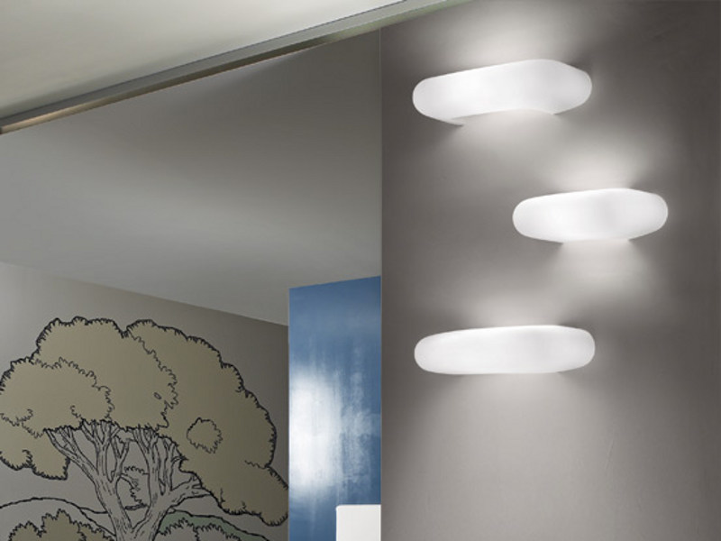 Satin glass wall lamp DOS AP - Vetreria Vistosi